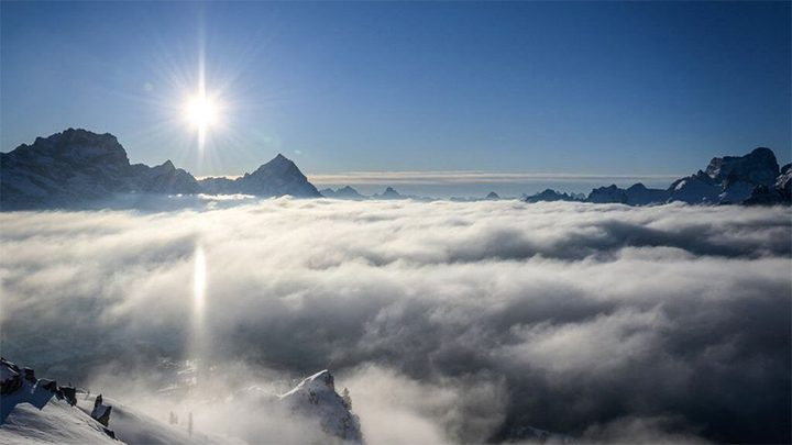 مصرع 3 أشخاص في انهيارين ثلجيين في جبال الألب
