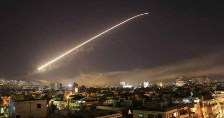 """الدفاعات الجوية السورية تتصدى لقصف """"اسرائيلي"""" على دمشق"""