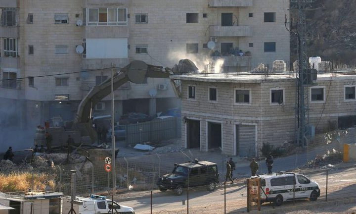 الاحتلال يهدم عدة مساكن في القدس ويشرد أصحابها