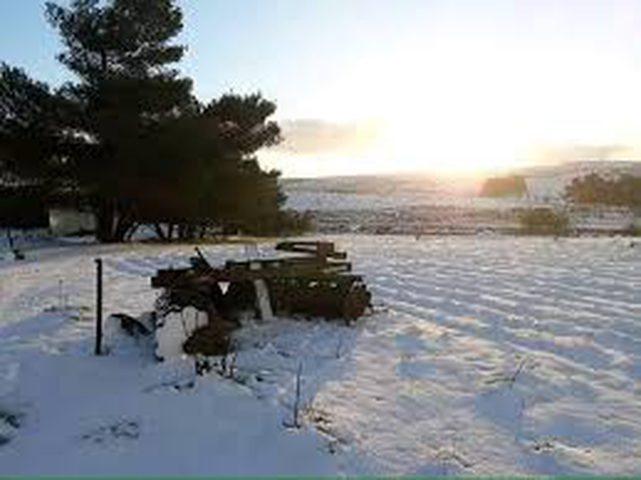 شاهد الثلوج تغطي ليبيا لأول مرة منذ 15 عاما