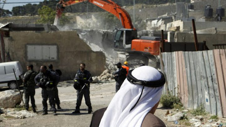 سلطات الاحتلال تهدم منازل في رهط وأم بطين