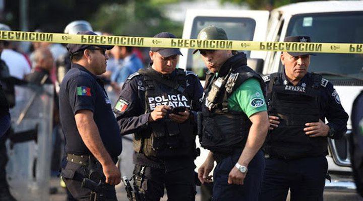 القبض على 6 أشخاص بتهمة الاتجار بلقاحات مزيفة لكورونا في المكسيك