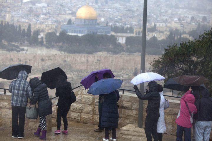 الهلال الأحمر في القدس: تعاملنا مع نحو 100 حالة خلال المنخفض