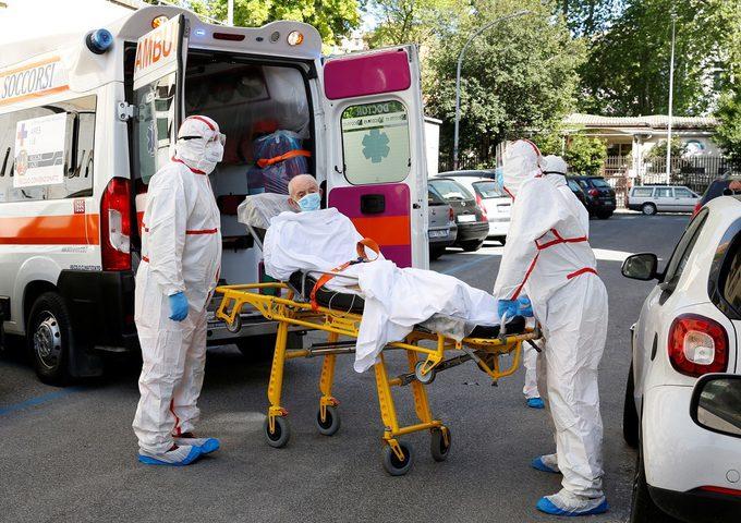 تسجيل 12027 إصابة و533 وفاة جديدة بفيروس كورونا في بريطانيا