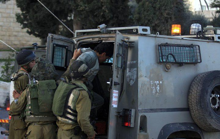 قوات الاحتلال تعتقل مواطنين من مدينة جنين