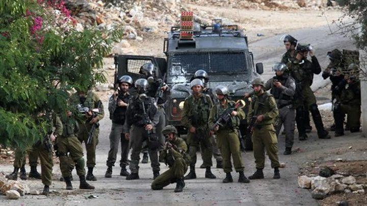 سلطات الاحتلال تبعد شابا عن بلدة الطور 14 يوما