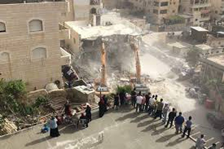 الاحتلال يشرع بهدم 4 شقق سكنية في العيسوية