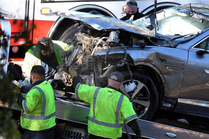 تايغر وودز يتعرض لإصابات خطيرة في قدميه إثر حادث