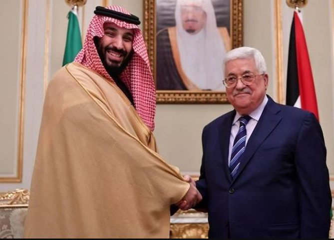 الرئيس عباس يهنئ ولي عهد السعودية بنجاح العملية الجراحية