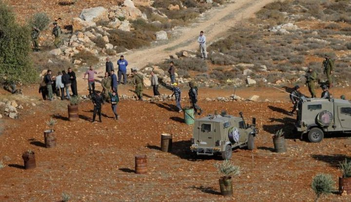 رام الله: مستوطنون يقتحمون أطراف حي الطيرة