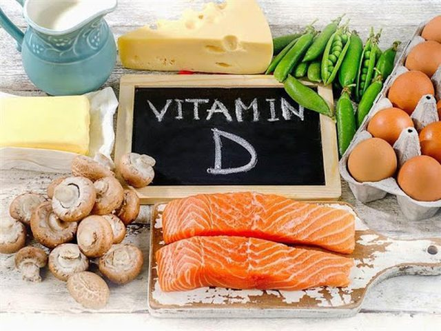 """أطعمة ينصح بتناولها لاحتوائها على """"فيتامين د"""""""