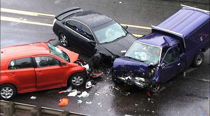 مصرع 12شخصا في حادث تصادم بين عدة مركبات جنوب كاليفورنيا