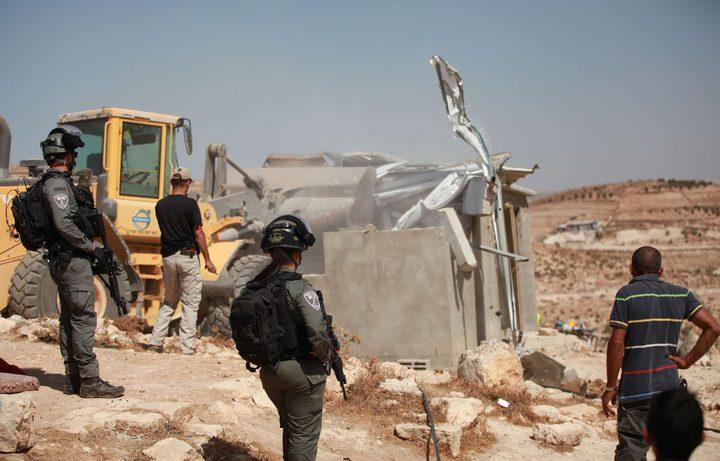 الخليل: الاحتلال يهدم 3 منازل في مسافر يطا