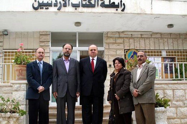 """أمسية أدبية لرابطة الكتاب الأردنيين بعنوان """"أسرى يكتبون"""""""