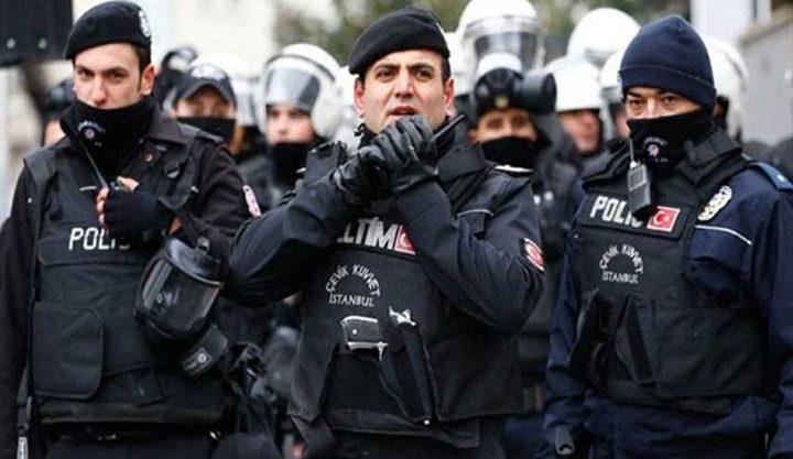 """السلطات التركية توقف 13 شخصا بتهمة """"إهانة أردوغان"""""""