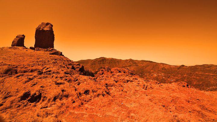 """ناسا تطلق اسم """"معاذ"""" على صخرة مريخية"""