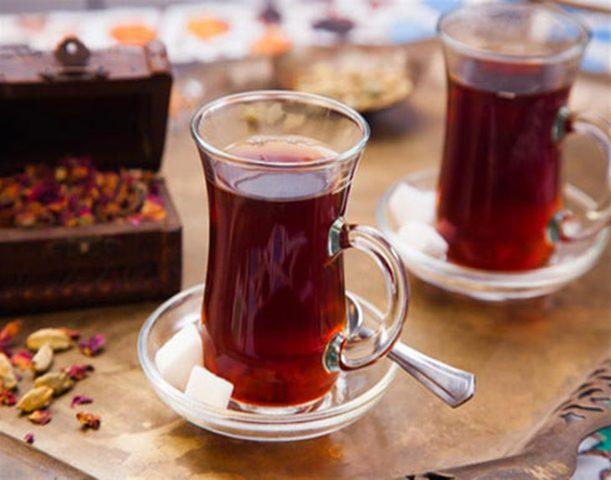 فوائد مذهلة لتناول كوبان لـ ثلاثة أكواب من الشاي يوميا!