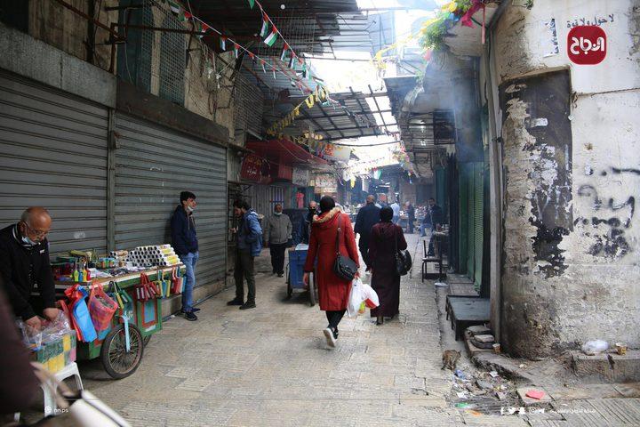 أجواء مدينة نابلس عقب قرار المحافظ بفتح بعض القطاعات