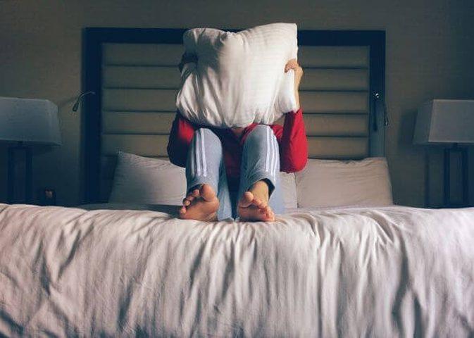 دراسة: مشاكل النوم تزيد من حدة الحزن عند وفاة شخص مقرب