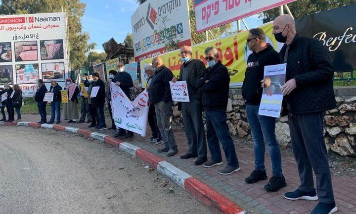 صلاة جمعة ومظاهرة في قلنسوة احتجاجا على جريمة القتل المزدوجة