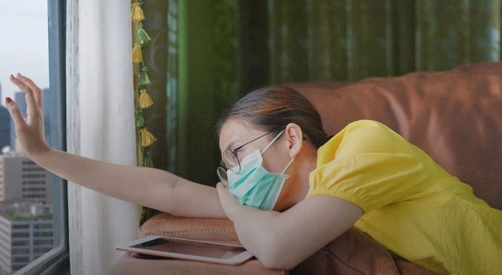 دراسة تربط الأرق والإرهاق بارتفاع احتمالات الإصابة بكورونا الشديد