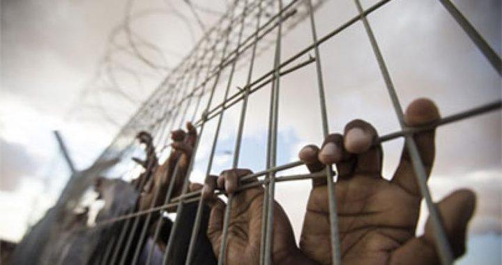 الاحتلال يضيف 9 شهور جديدة للأسير مصطفى خدرج المحكوم 18 عاما
