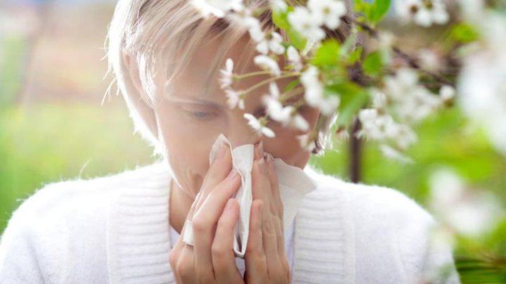 كيف تتخلص من أعراض حساسية الربيع المزعجة ؟