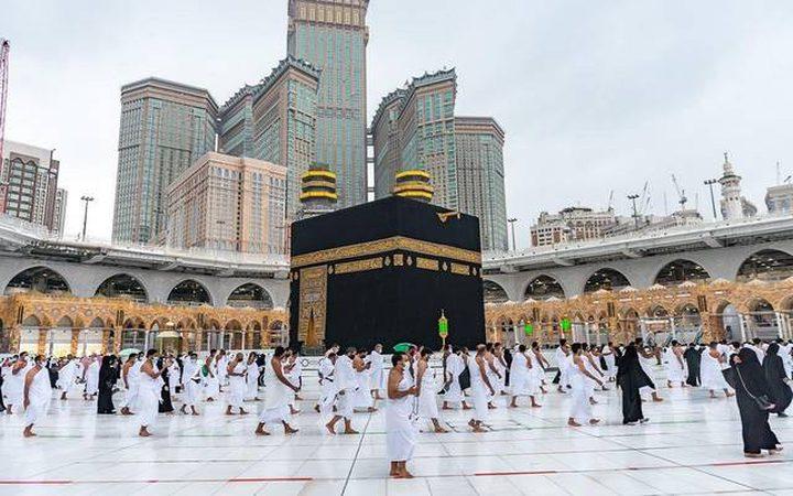 السعودية:50 ألف معتمر و100 ألف مصل يوميا بالمسجد الحرام في رمضان