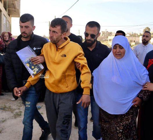 الرئيس يستجيب لمناشدة لعلاج الأسير المحرر منصور الشحاتيت