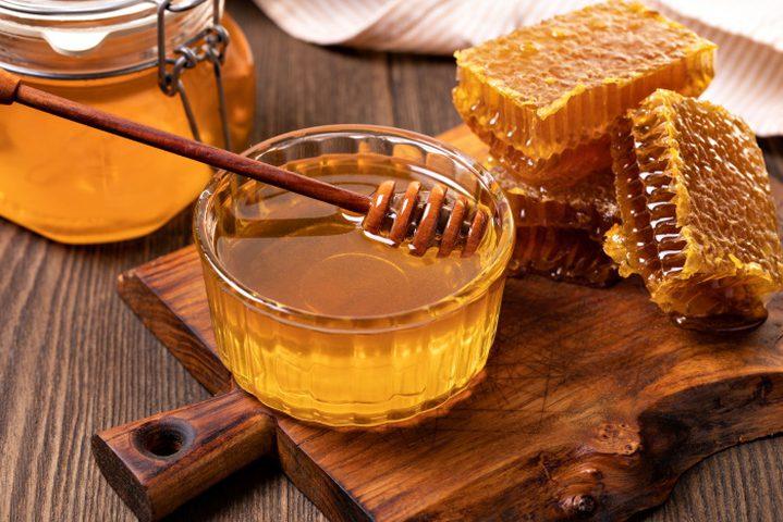 علماء يكشفون سر الفوائد العلاجية للعسل