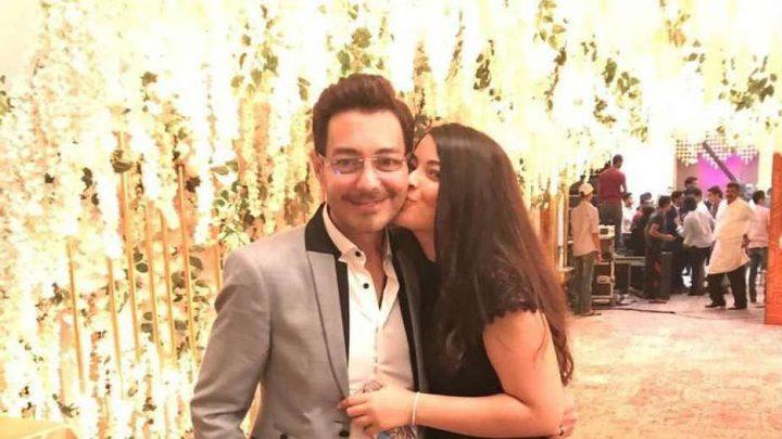 أحمد زاهر وابنته ليلى يتعرضان لانتقاد لاذع