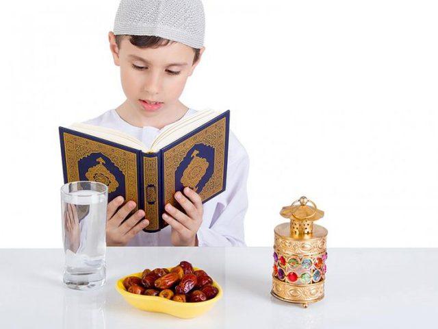 طرق بسيطة لتعليم الابناء صيام شهر رمضان والالتزام به