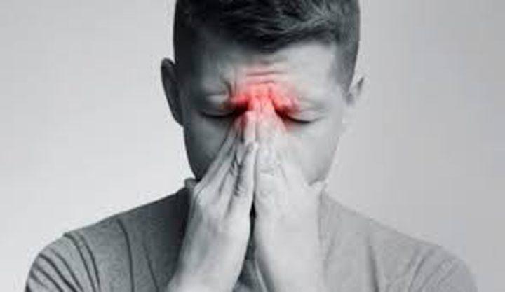 بحث يربط انسداد الأنف المزمن بالتغييرات في نشاط الدماغ