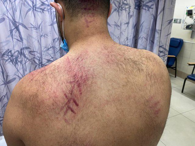 أنصار حاخام يهودي في يافا يعتدونعلى أهالي المدينة بسبب تظاهرهم