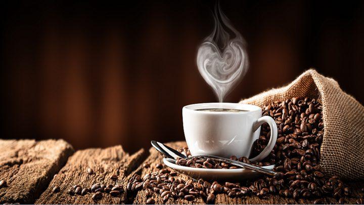 منها وضعها بالثلاجة.. أبرز الأخطاء التي ترتكب عند صنع القهوة