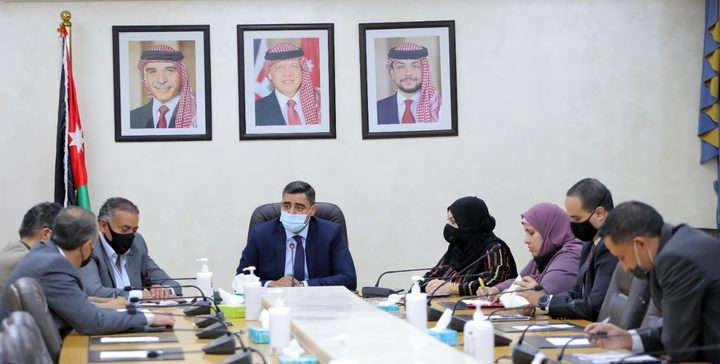 مطالبات بإلغاء حظر الجمعة وتقليص الحظر الجزئي في الاردن