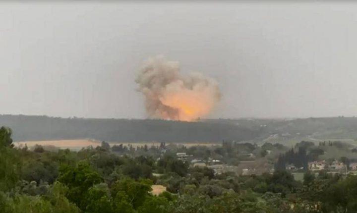انفجار كبير داخل أحد مصانع صنع الأسلحة في دولة الاحتلال