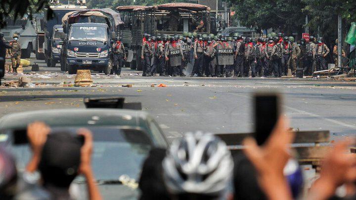 ماليزيا تكشف أن الزعيم العسكري في ميانمار وافق على وقف العنف
