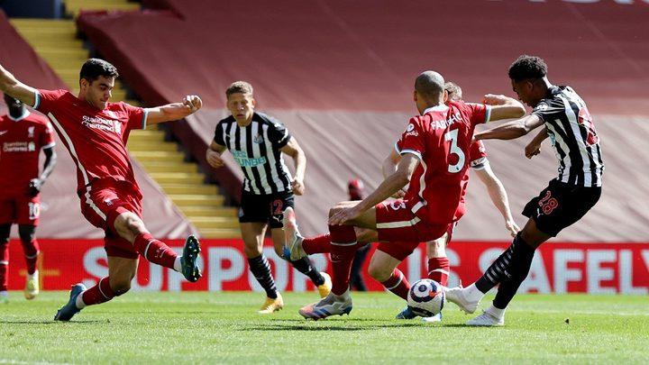 نيوكاسل يصعق ليفربول ويفرض عليه التعادل