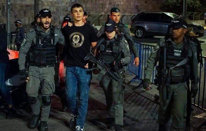 قوات الاحتلال تعتقل 3 شبان وتغلق باب حطة بالقدس المحتلة