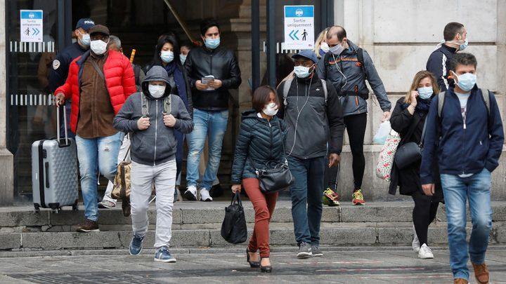 إيطاليا تخفف من تدابير الإغلاق وتفتح بعض الأماكن جزئيا
