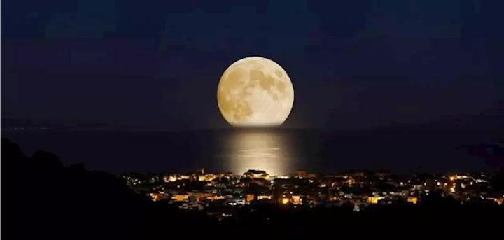 بدر رمضان.. ظهور أول قمر عملاق في عام 2021