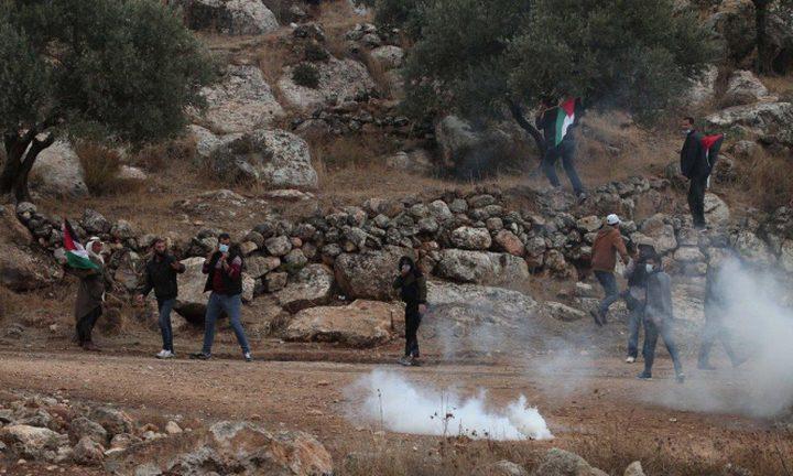 إصابة 4 مواطنين خلال قمع الاحتلال لمسيرة بيت دجن الأسبوعية