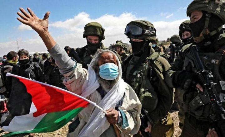 قوات الاحتلال تقمع المشاركين في مسيرة تضامنية مع أهالي عين البيضا