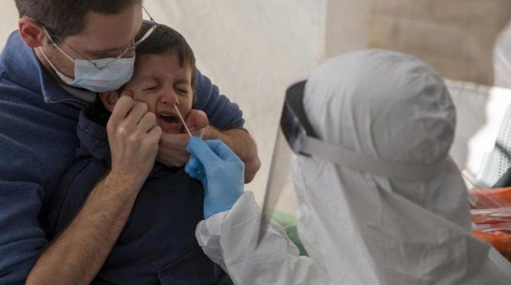 خبير يحذر مما يفعله فيروس كورونا بالأطفال