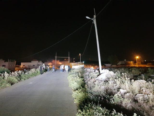مستوطنون يهاجمون منازل المواطنين فيقصرة جنوب نابلس