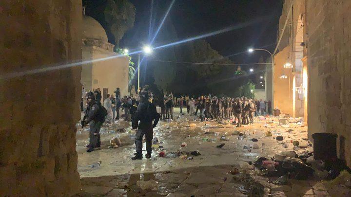الاحتلال يغلق باب العامود ويمنع الوصول إلى البلدة القديمة والأقصى