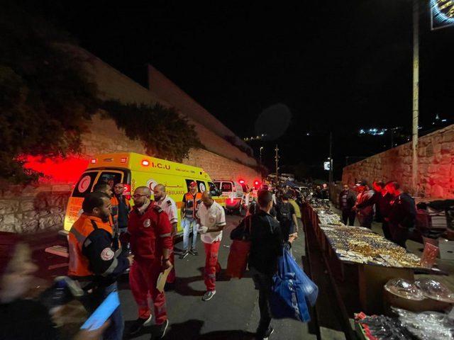 افتتاح مستشفى ميداني لعلاج المصابين في القدس المحتلة