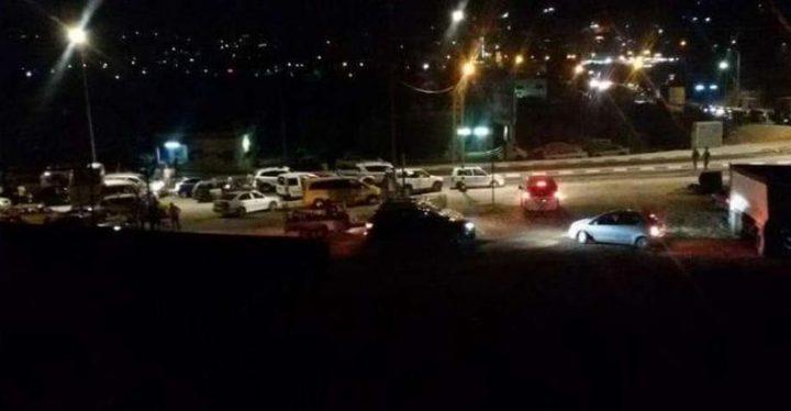الاحتلال يغلق حاجز بيت اكسا العسكري شمال غرب القدس المحتلة