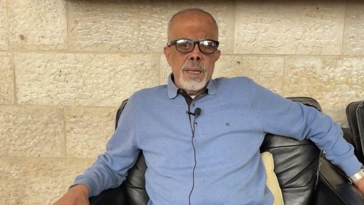 قوات الاحتلال تعتقل الأسير المحرر ناصر أبو خضير من بلدة شعفاط